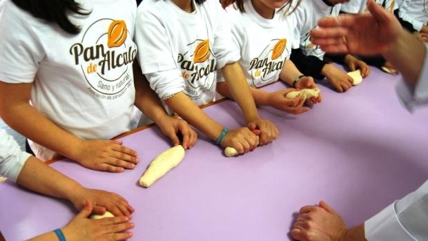Los niños aprenderán a elaborar sus propias piezas de pan