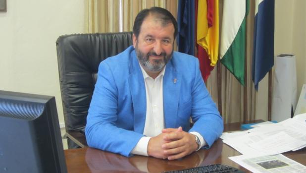 El alcalde de Carmona quiere que el Bachillerato de Arte sea una realidad en la ciudad en un plazo breve