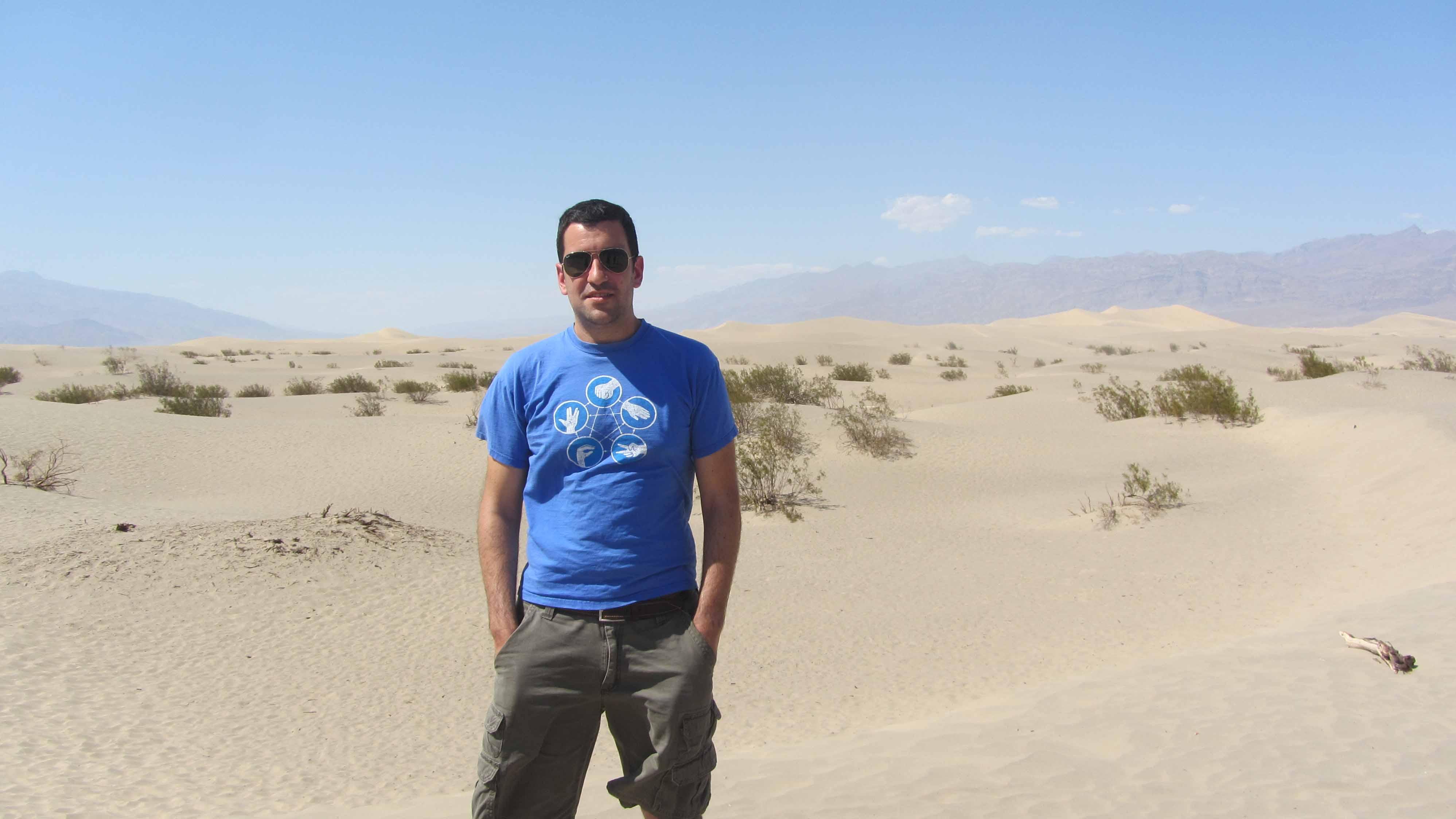 El utrerano Manuel Delgado ha viajado por todo el mundo para realizar este estudio