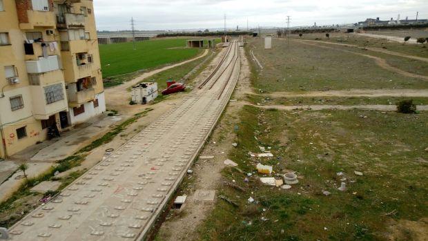 Para la puesta en marcha del tranvía será necesario reponer cientos de metros de vía