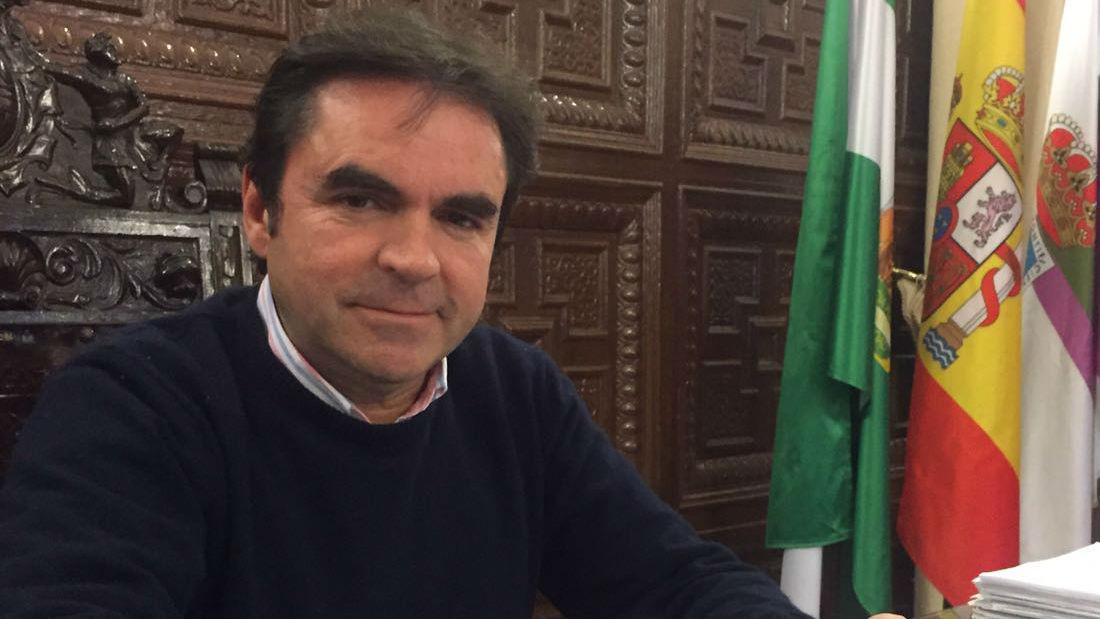 Miguel Moreno, alcalde de Porcuna