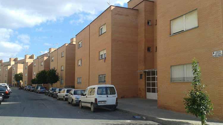 Las viviendas se sitúan en la calle Brigadas Internacionales