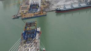 Vistas de las obras del Segundo Puente desde la grúa de la pila 12