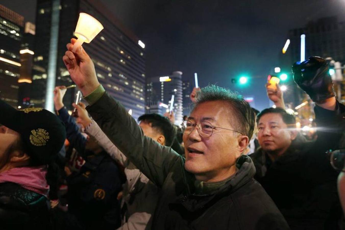 El centro de Seúl se ha llenado este sábado de cientos de miles de personas. Todas ellas han participado en una multitudinaria manifestación