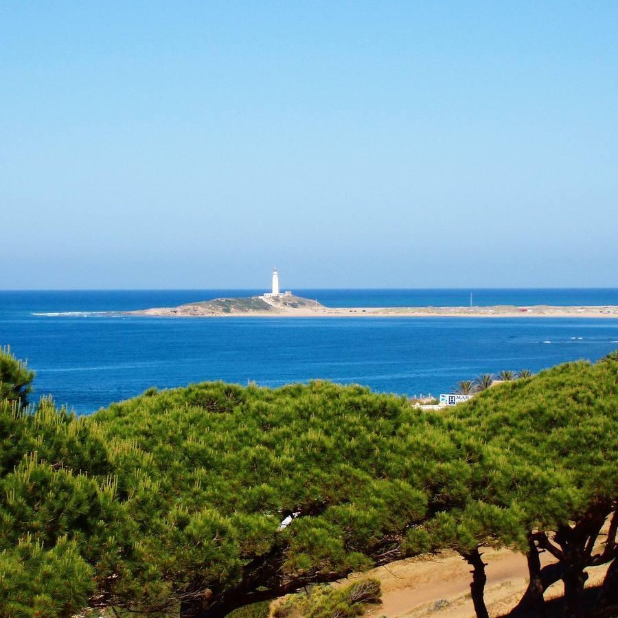 @xtian8v  | Faro de Trafalgar