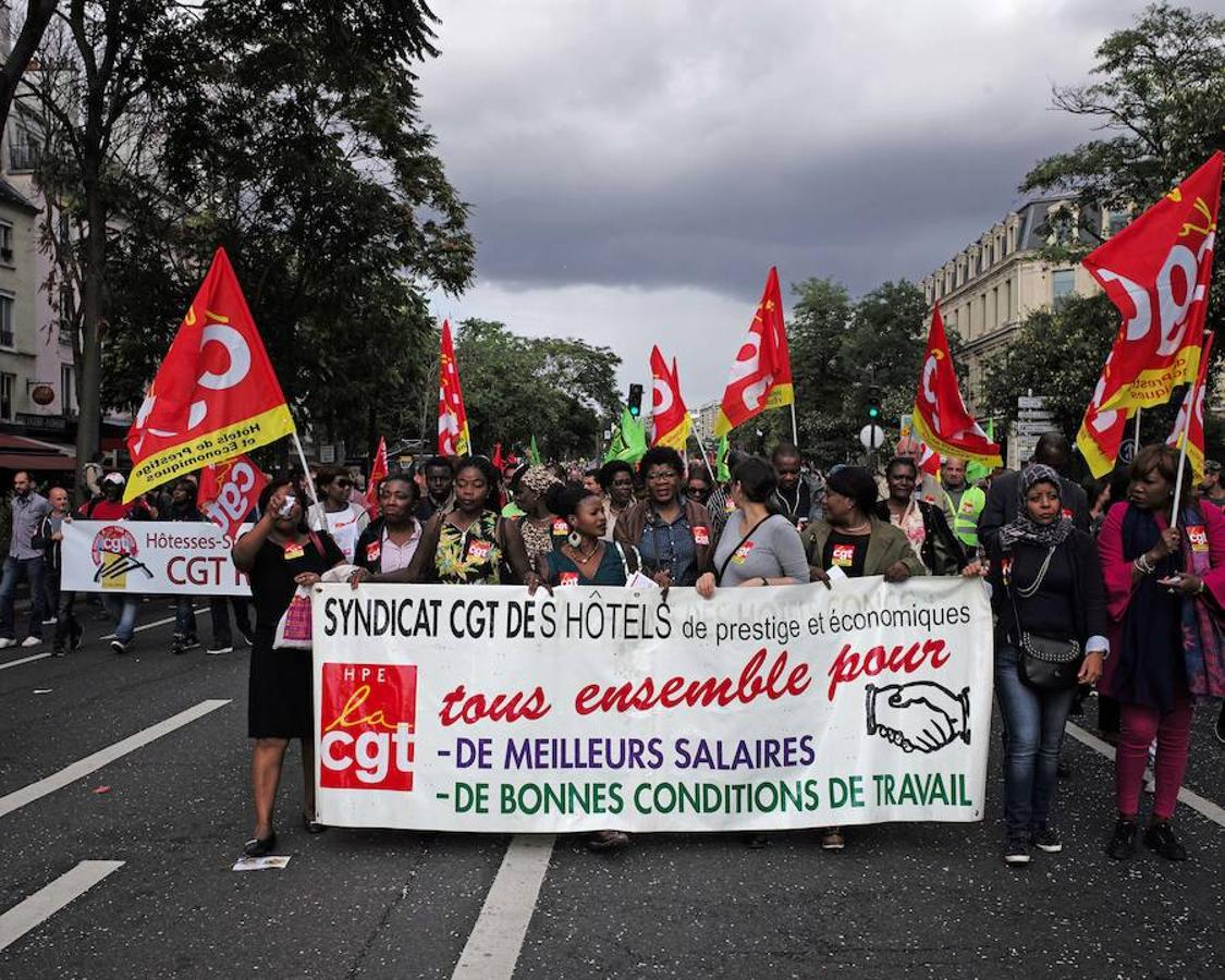 «El sindicato de hoteles prestigiosos y económicos. Todos juntos para mejores salarios y buenas condiciones de trabajo»