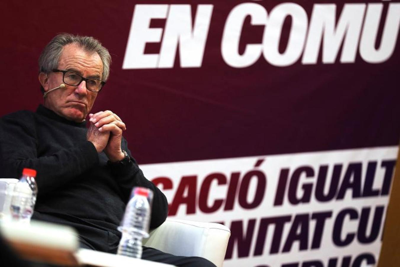 El cabeza de lista de Catalunya en Comú-Podem, Xavier Domènech, participa en un acto electoral acompañado del catedrático de Derecho Constitucional Javier Pérez Royo