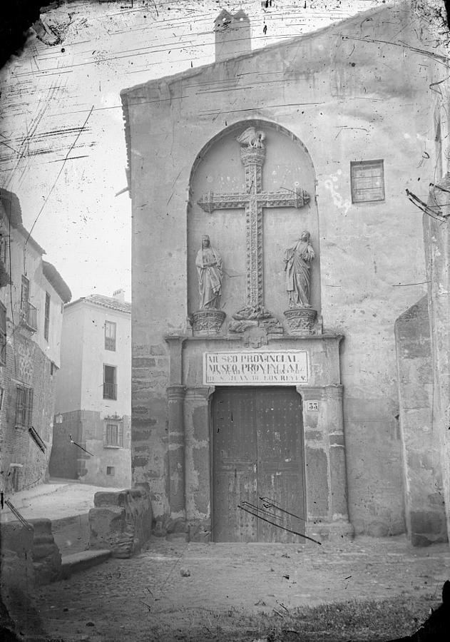 Puerta del Pelicano en San Juan de los Reyes hacia 1880. Foto Alguacil. Archivo Municipal de Toledo