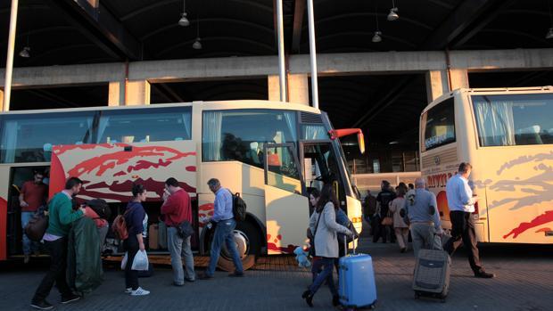 Pasajeros de autobuses en Córdoba