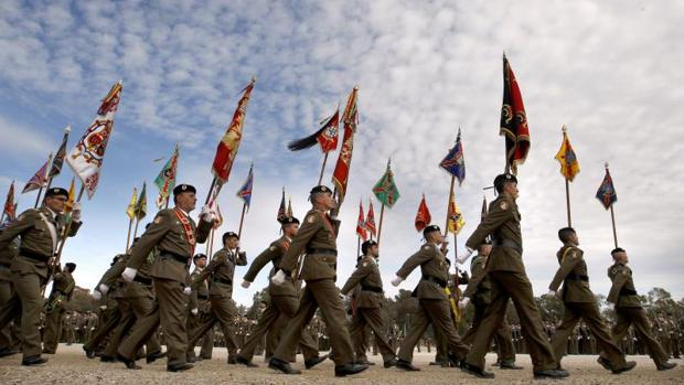 Parada militar en la base cordobesa