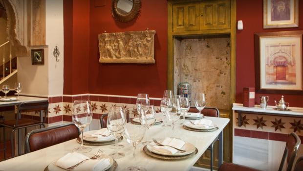 Una de las mesas del restaurante