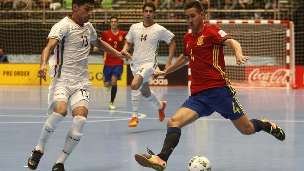 Rafael García «Bebe», cierre cordobés de la selección española, este martes, en Colombia