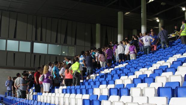 Aficionados del Real Jaén, en el partido ante el Córdoba B en Lucena