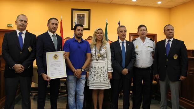 Acto de reconocimiento a la labor solidaria del empresario Santiago González, en el Ayuntamiento de Lucena