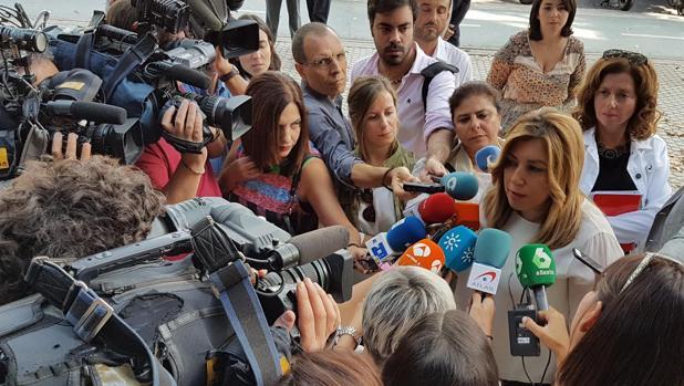 Susana Díaz, este miércoles en la residencia para mayores Fundomar Bermejales