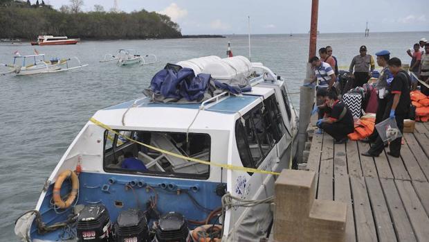 La policía investiga la embarcación donde se ha producido el incendio