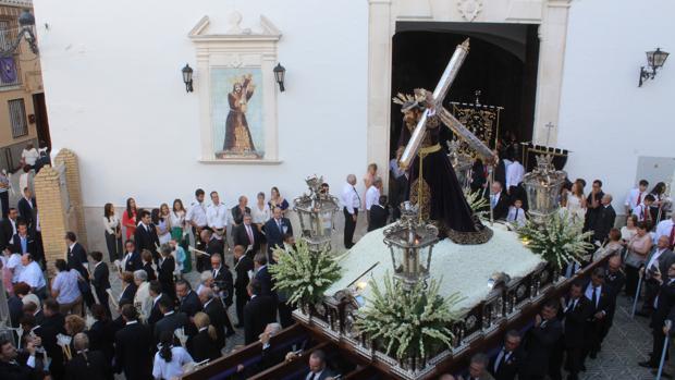 Jesús Nazareno, durante su salida procesional
