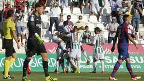 El Córdoba CF se reencuentra con la victoria ante el Levante