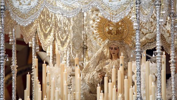 La Virgen de la Paz, durante su 75 aniversario