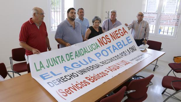 Representantes de Córdoba Extrarradio, ayer en el centro cívico de Fátima