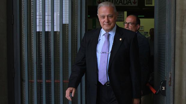 El exconsejero andaluz Ángel Ojeda, uno de los beneficiarios de fondos