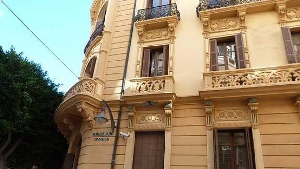 Edificio oficial que alberga la Cuenca Mediterránea, en Málaga