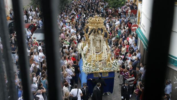 Nuestra Señora del Socorro, durante su procesión