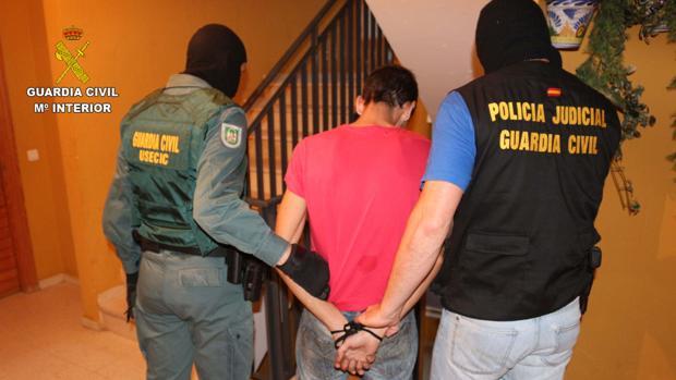 Uno de los detenidos por el Instituto Armado