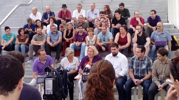 Representantes orgánicos e institucionales de Podemos han presentado la iniciativa «Andalucía Plaza a Plaza»