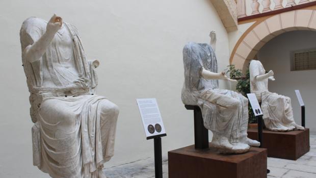 Estado en que han quedado las estatuas tras su restauración de cinco años