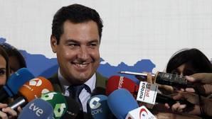 Moreno advierte a Díaz que los andaluces no pueden tener una presidenta «a tiempo parcial»