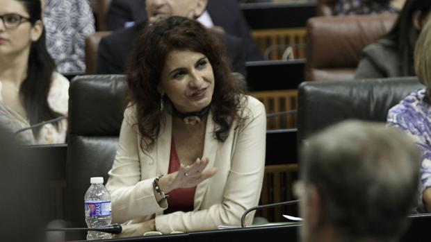 María Jesús Montero en su escaño en el Parlamento de Andalucía