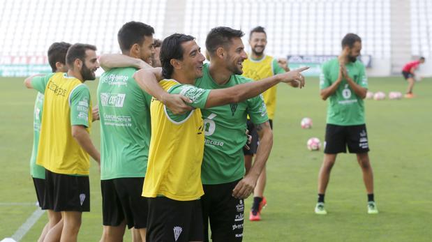 Pedro Ríos sonríe en un ejercicio