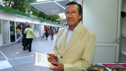 Mariano Aguayo, durante una Feria del Libro
