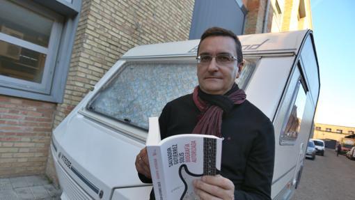 Salvador Gutiérrez Solís, con «Biografía autorizada»