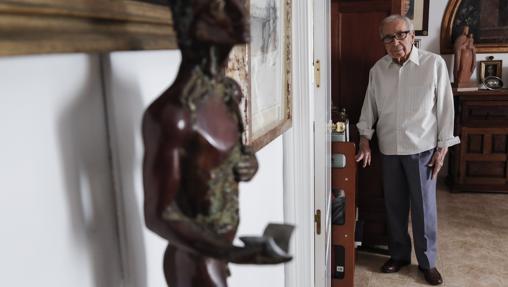 Pablo García Baena, en su casa de Córdoba