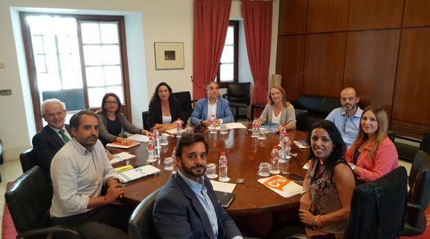 Reunión de cargos del PP y Ciudadanos