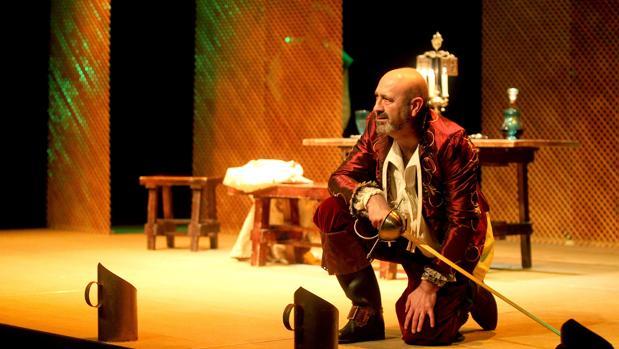 Representación de una obra teatral inspirada en el Siglo de Oro