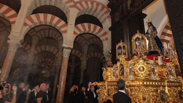 Entrada del Resctada a la Catedral