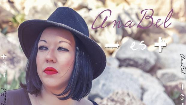 Imagen de la contraportada del single «Menos es más»