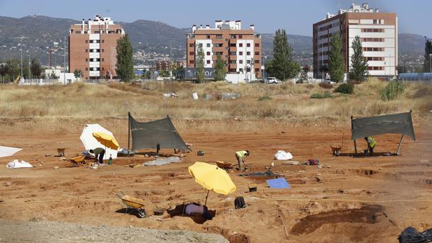 Trabajos de prospección arqueológica en el solar en que se levantará el hospital