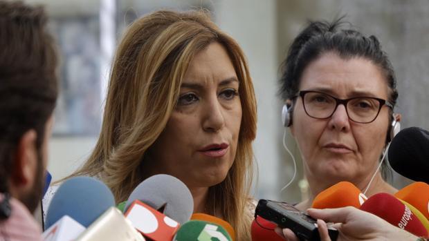 La presidenta de la Junta de Andalucía, Susana Díaz, aboga por dejar trabajar a la comisión gestora del PSOE
