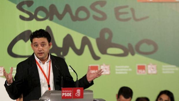 Rafael Velasco, en un acto del partido celebrado en septiembre de 2010