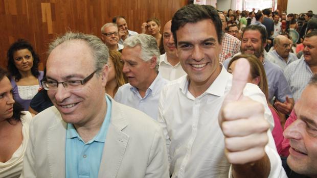 Durán, junto a Sánchez en un acto del PSOE