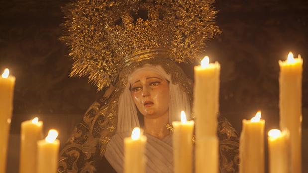 Nuestra Señora del Rosario, durante su procesión
