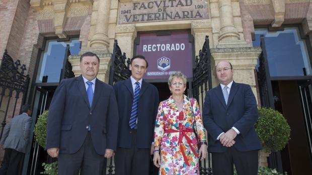 Respaldo público de la consejera de Agricultura de la Junta a Agrópolis en 2014