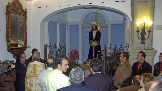 El pasado domingo robaron un cordón de oro a la imagen del Cristo de Medinaceli