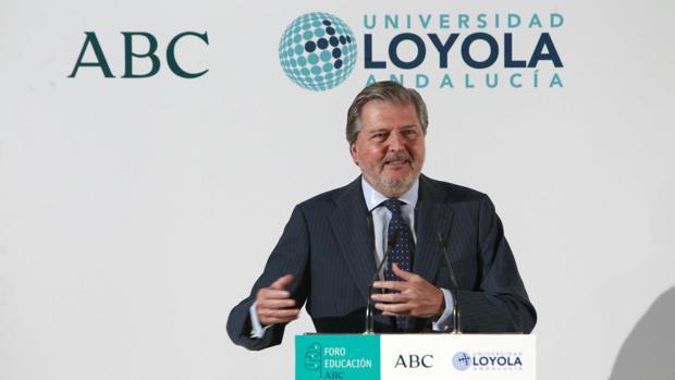 El ministro de Educación, Íñigo Méndez de Vigo, este miércoles durante su intervención en el Foro Educación ABC