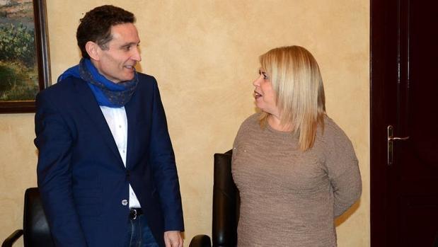 El secretario con la alcaldesa Mamen Sánchez en una imagen de archivo