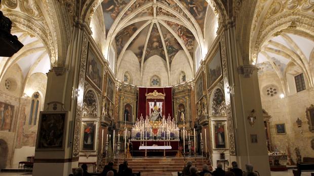 Nuestra Señora de las Angustias, durante sus cultos en San Agustín